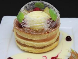 自家製リンゴのコンポート&リンゴのキャラメリゼサンドパンケーキ