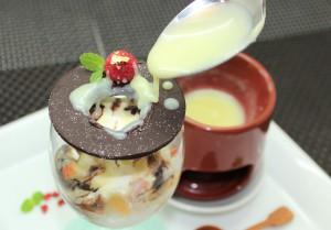 グラスソフトクリーム_ホワイトチョコ